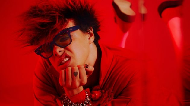 Front and center, Yungblud wears Ray-Ban's State Street sunglasses for the brand's Weird Collection campaign.