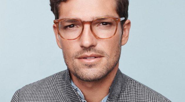 Benj Lee dons Warby Parker's Carlton eyeglasses in sequoia tortoise.