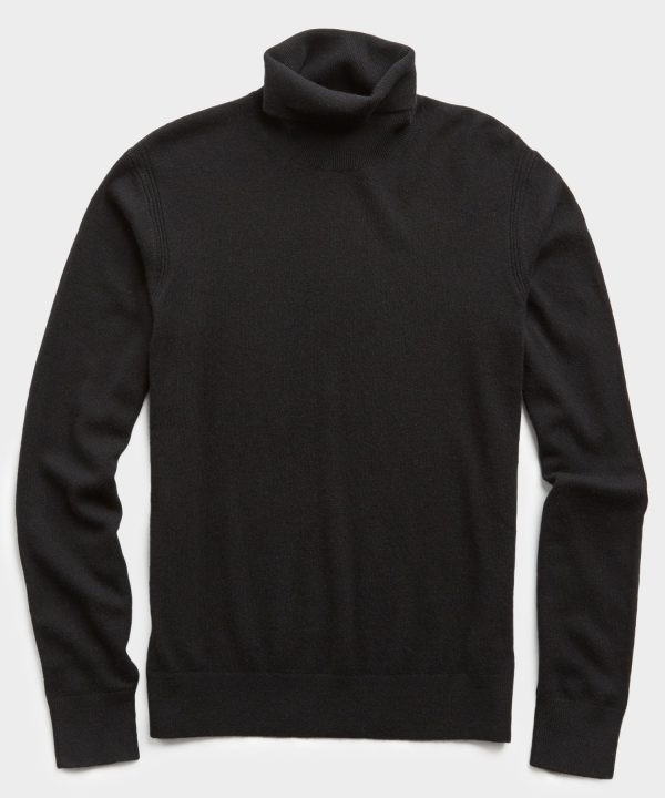 Cashmere Turtleneck in Black