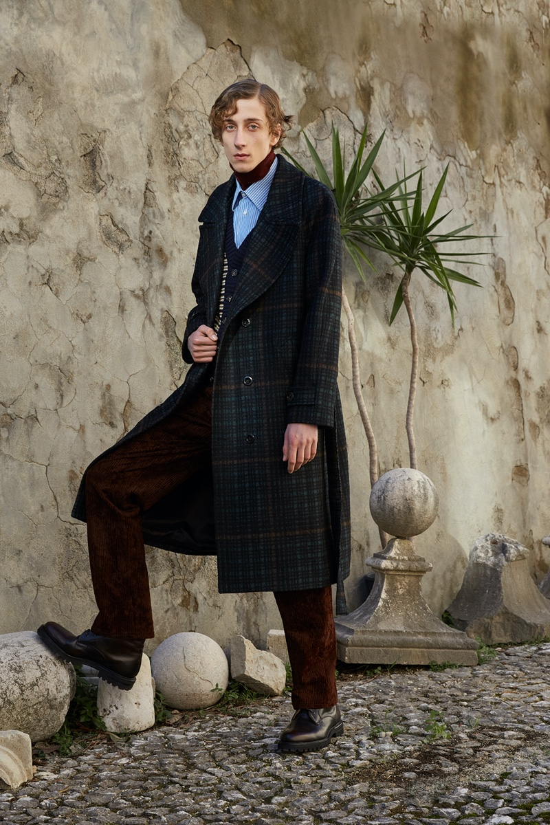 Luca Larenza Sets the Stage for Elegant Fall