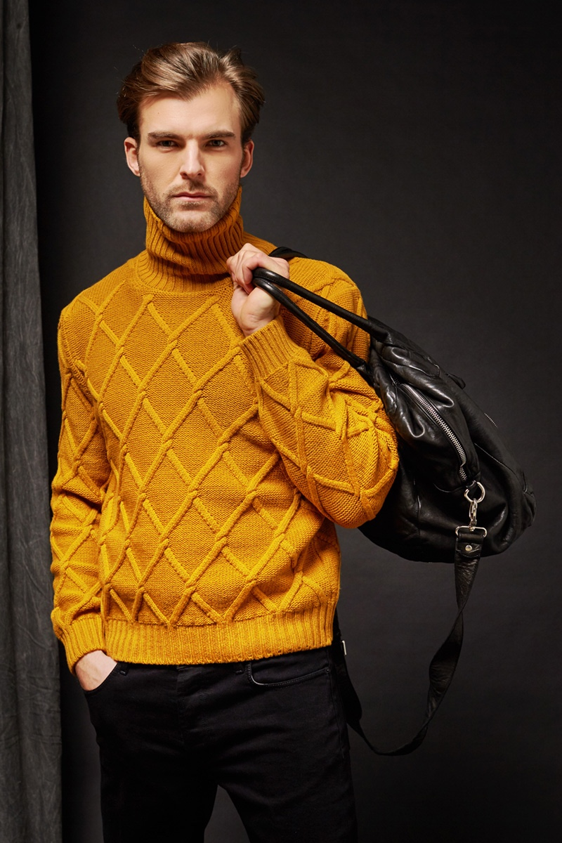 Rogier is on the Move for Tagliatore Campaign
