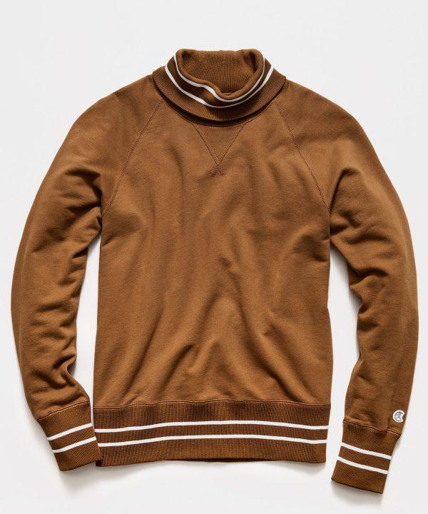 Tipped Turtleneck Sweatshirt in Pecan