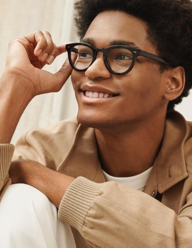 Ainsley Warby Parker glasses in jet black.