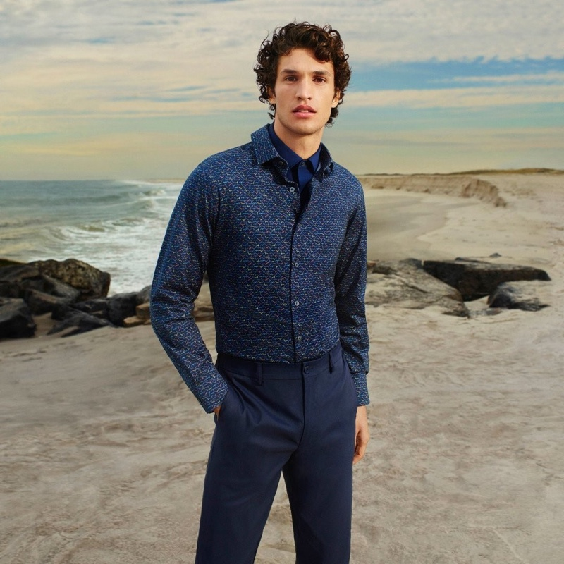 Francisco Henriques takes to the beach for Bugatchi's spring-summer 2021 men's campaign.