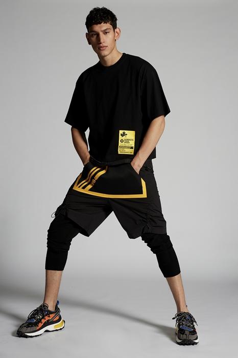DSQUARED2 Men Short sleeve t-shirt Black Size M 100% Cotton Polyamide