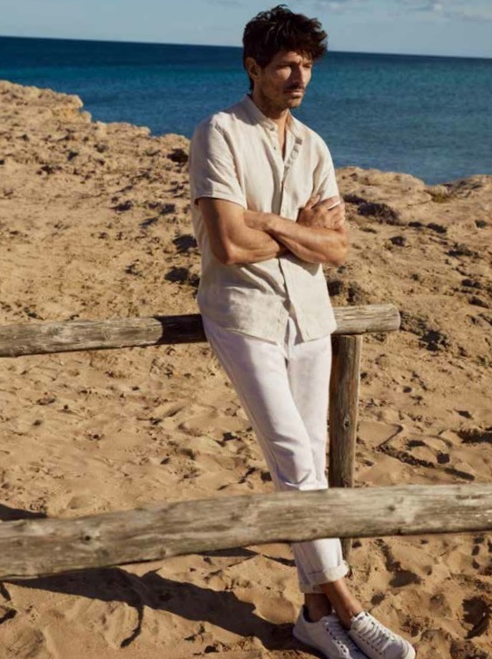 Andres Velencoso Channels '90s Ease in Esprit