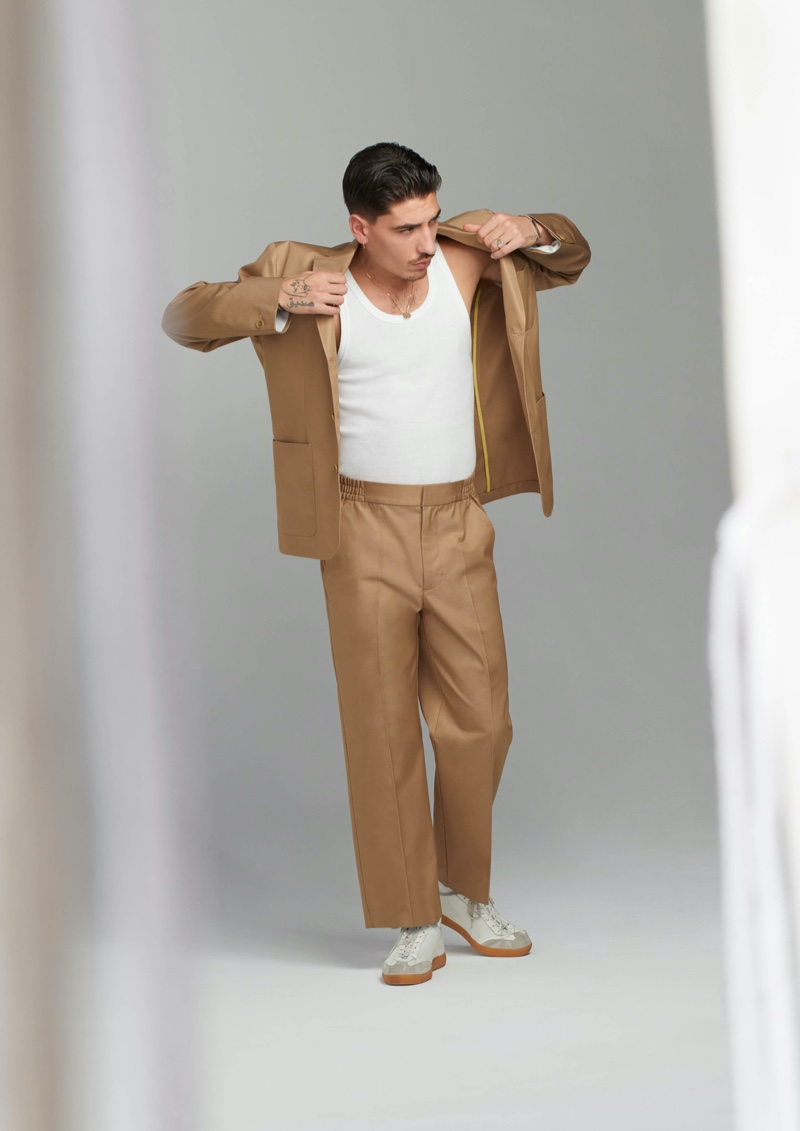 Héctor Bellerín Partners with H&M for Collection