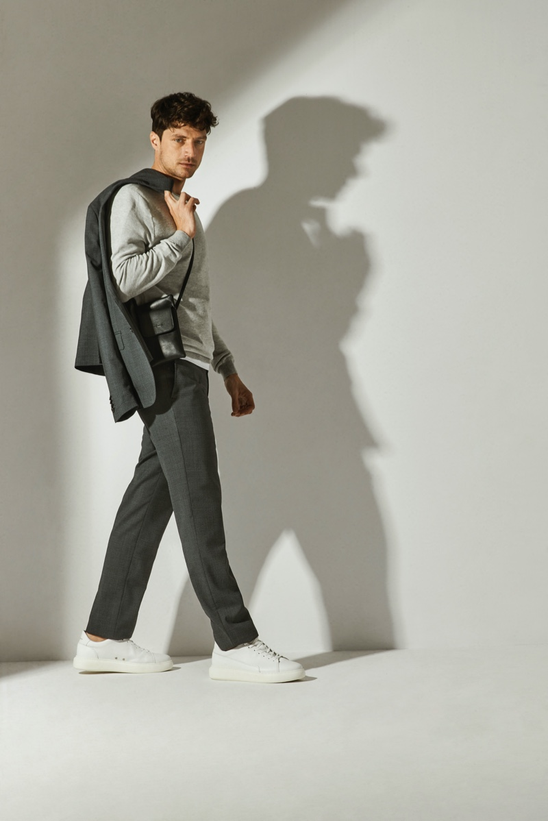 Roberto Verino enlists model Laurent Meri as the face of its spring-summer 2021 men's collection.