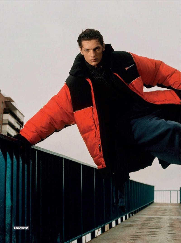Valentin Rocks Street Style-Worthy Looks for Esquire España
