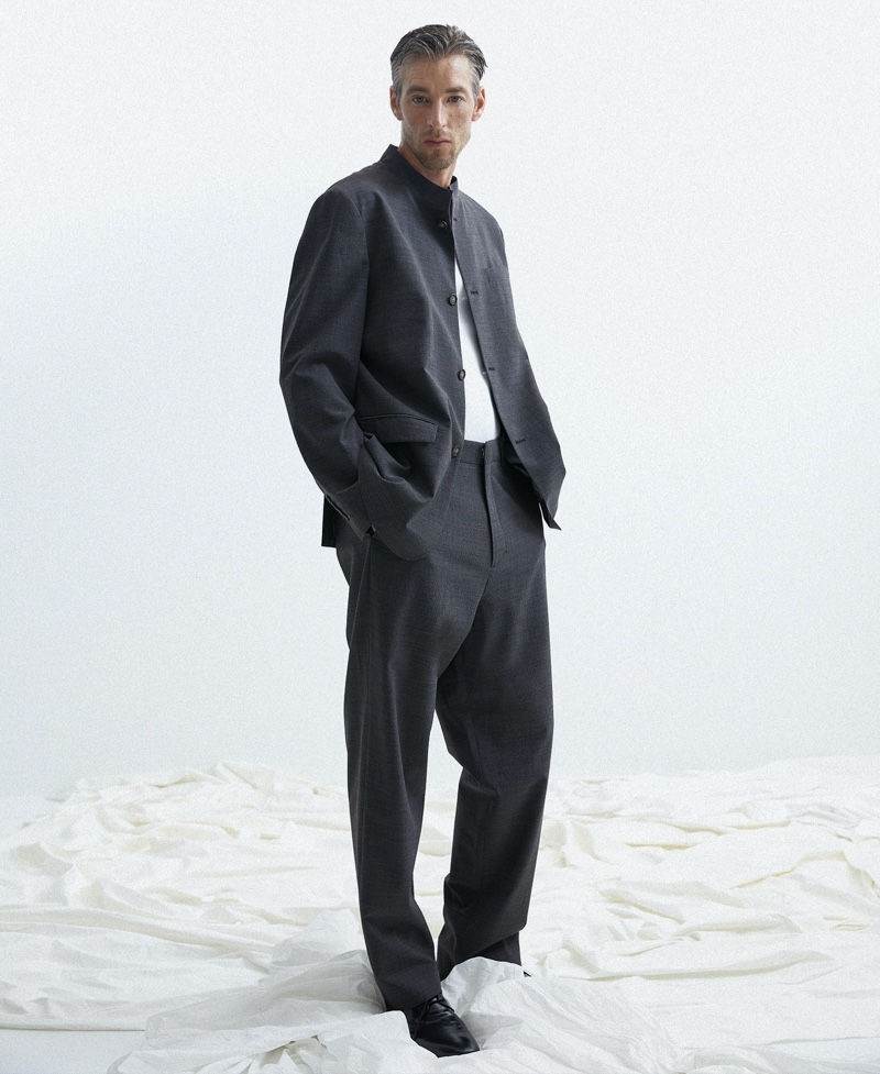 Joel Embraces Relaxed Tailoring in Adolfo Dominguez Spring Collection