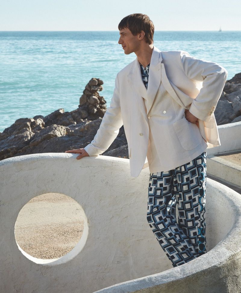 Clément Chabernaud Enjoys Fun Beach Day with Telegraph Luxury