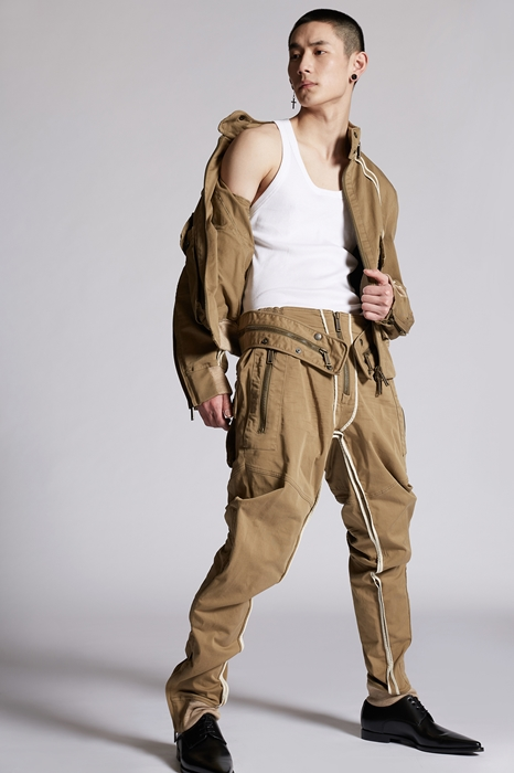 DSQUARED2 Men Pants Military green Size 36 98% Cotton 2% Elastane