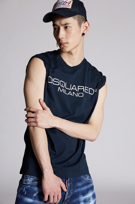 DSQUARED2 Men Short sleeve t-shirt Dark blue Size XXL Cotton