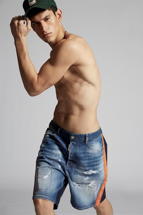 DSQUARED2 Men Shorts Blue Size 40 98% Cotton 2% Elastane Polyester