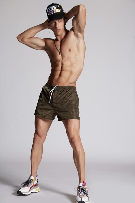 DSQUARED2 Men Swimming trunks Military green Size 32 100% Polyamide