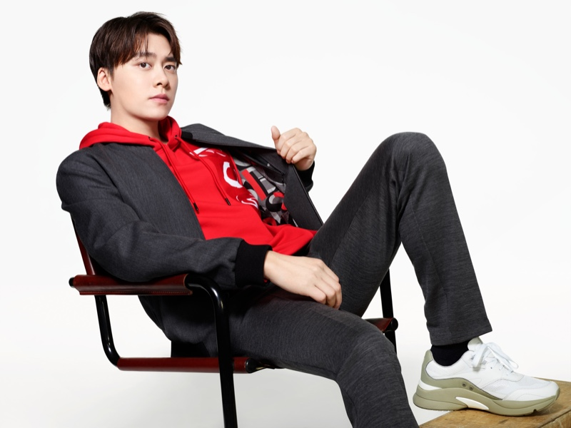 Embracing an athleisure look, Li Yifeng stars in BOSS's spring-summer 2021 men's campaign.