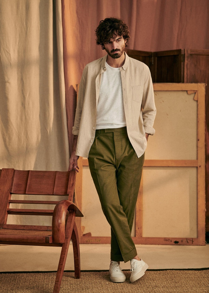 Front and center, Nono Marquis sports Octobre's linen and cotton Charlie shirt with a pair of smart trousers.
