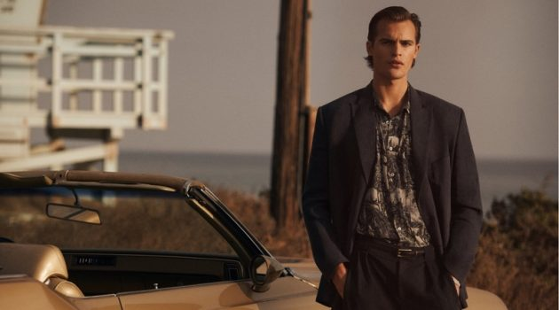 Embracing retro-inspired style, Parker van Noord fronts Zara Man's spring-summer 2021 campaign.