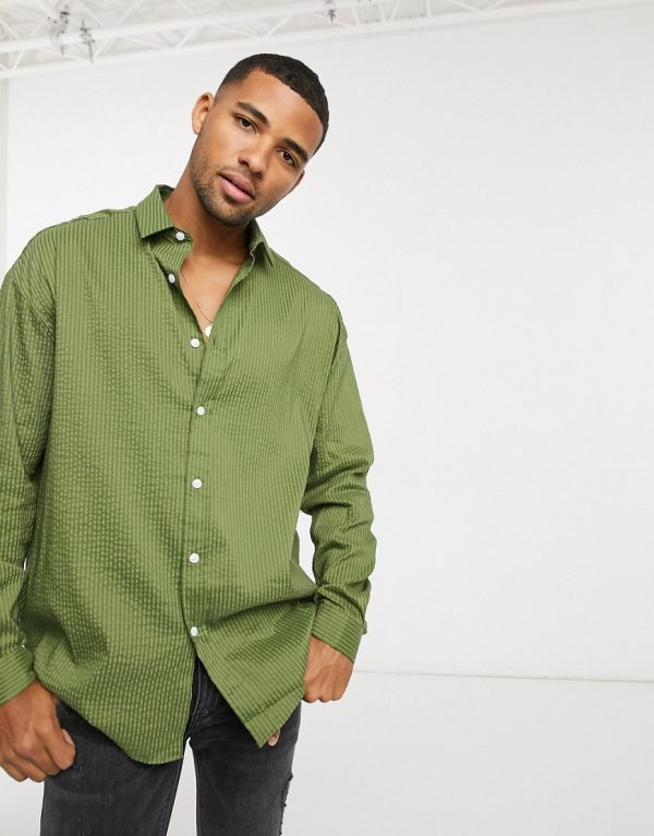 ASOS DESIGN 90s oversized shirt in khaki seersucker-Green