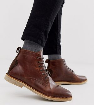 ASOS DESIGN Wide Fit desert chukka boots in tan leather with suede detail-Brown