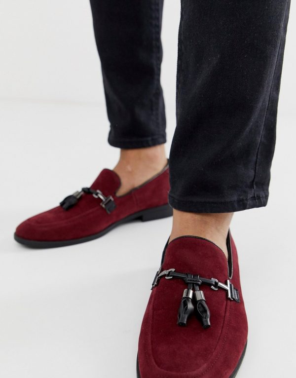 ASOS DESIGN loafers in burgundy faux suede with tassel-Red