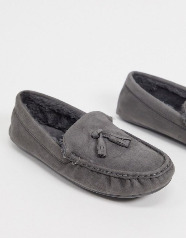 ASOS DESIGN moccasin slippers in gray with faux fur lining-Grey