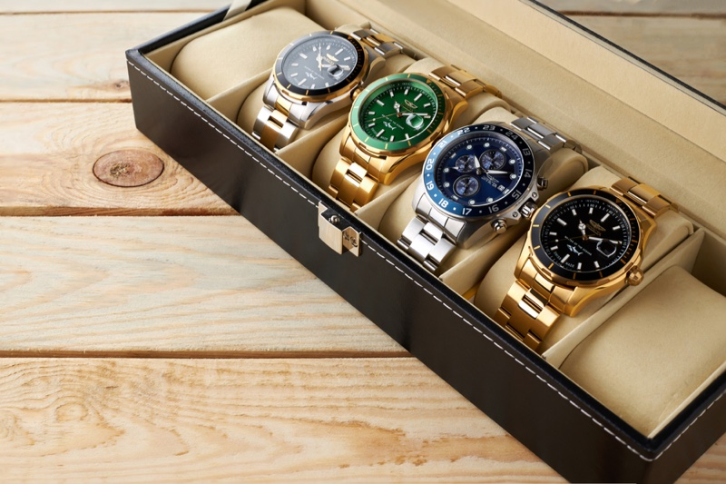 Collection Watches Case Leather