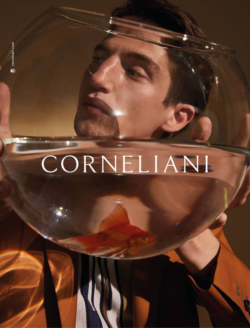 Corneliani enlists Anatol Modzelewski as the star of its spring-summer 2021 campaign.