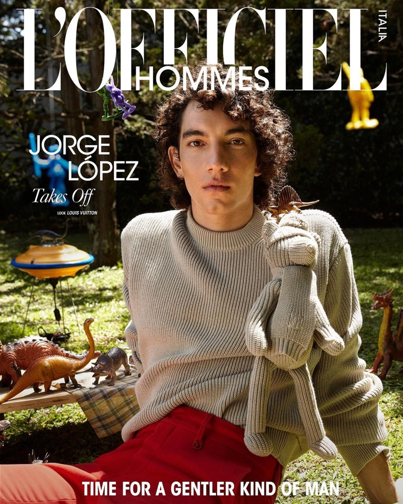 Jorge López covers the spring 2021 edition of L'Officiel Hommes Italia.