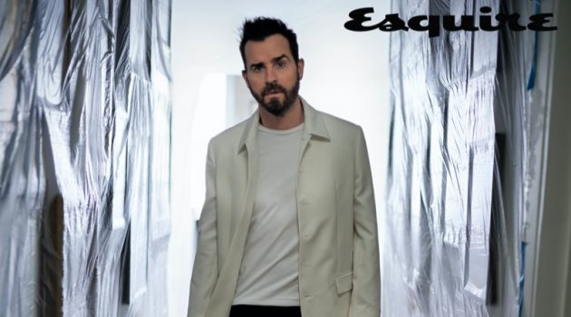 Justin Theroux dons a Dior Men coat and t-shirt with Rag & Bone jeans and R.M. Williams boots for the pages of Esquire.
