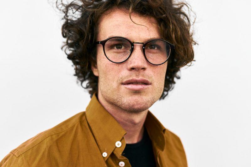 Male Model Round Glasses