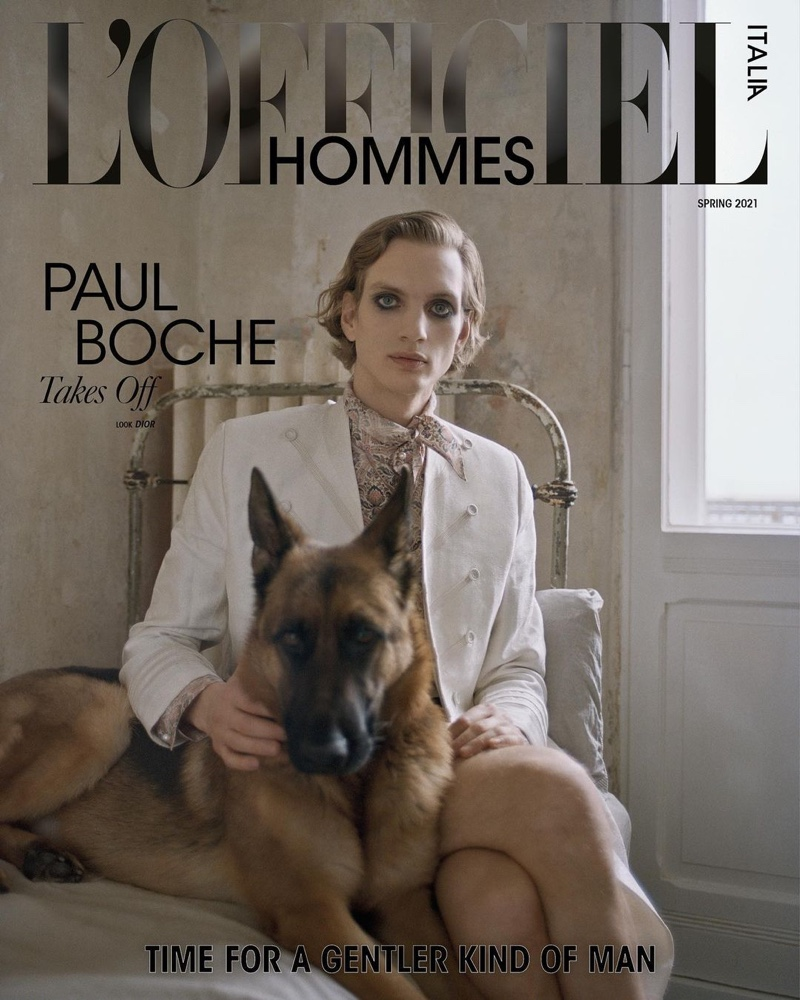 Paul Boche covers the spring 2021 edition of L'Officiel Hommes Italia.