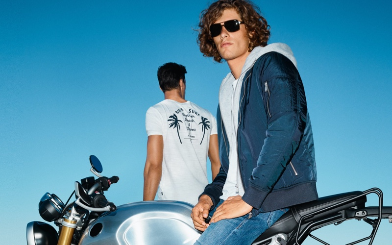 JOOP! enlists Umberto Villahermosa as the star of its spring-summer 2021 campaign.