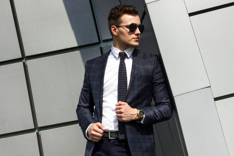 Model Check Suit