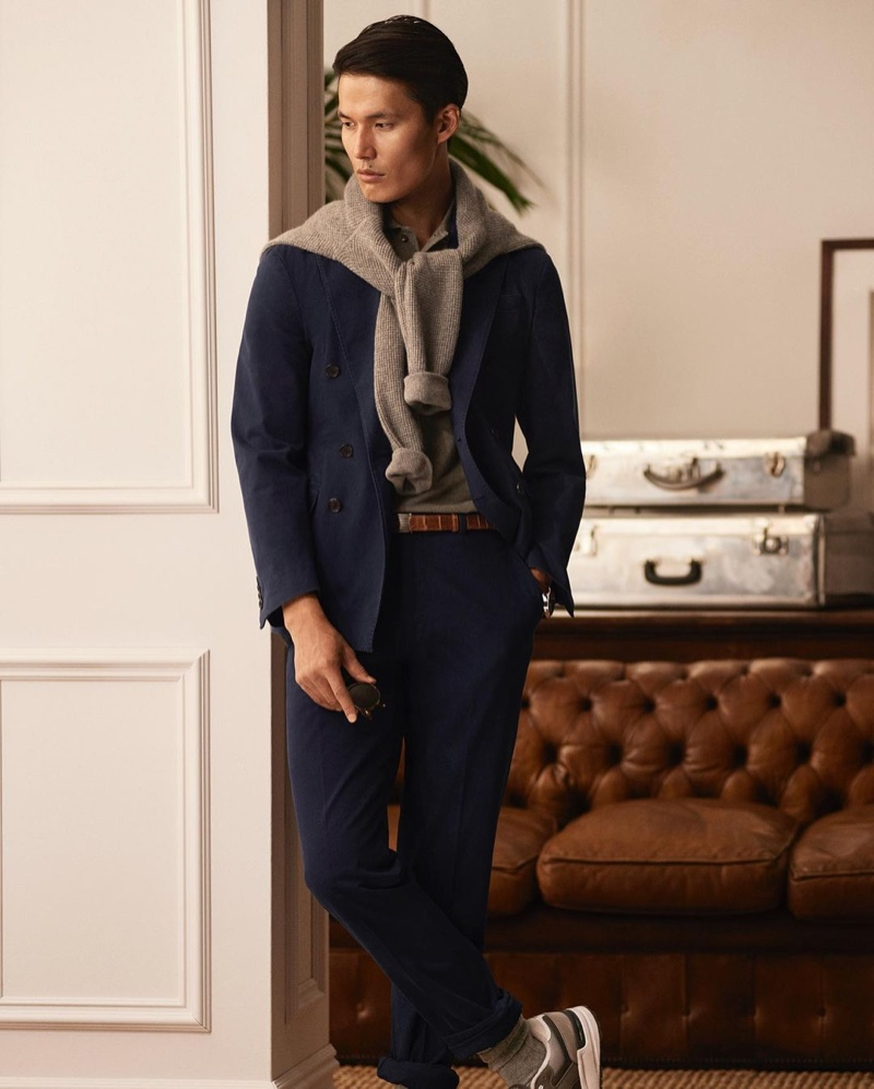 Dae Na dons chic style, sporting a relaxed tailored look from POLO Ralph Lauren.
