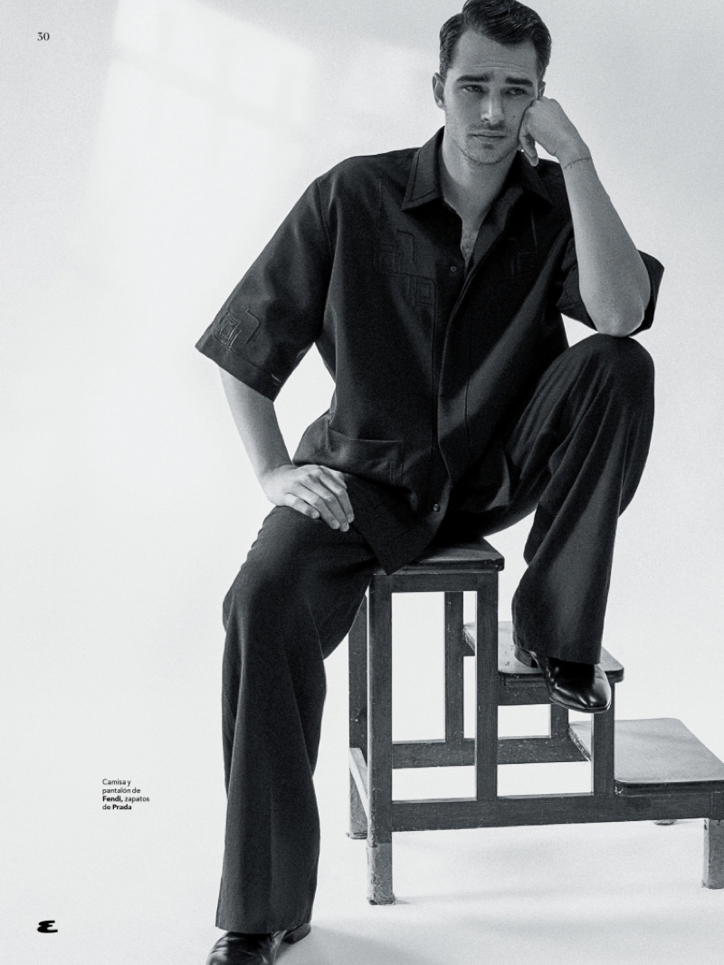Pepe Barroso Dons Black & White for Esquire México