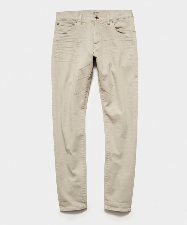 STRAIGHT FIT 5-POCKET CHINO IN PEBBLE GREY