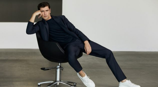 Pablo Sáez photographs Sean O'Pry in an elegant Massimo Dutti suit.