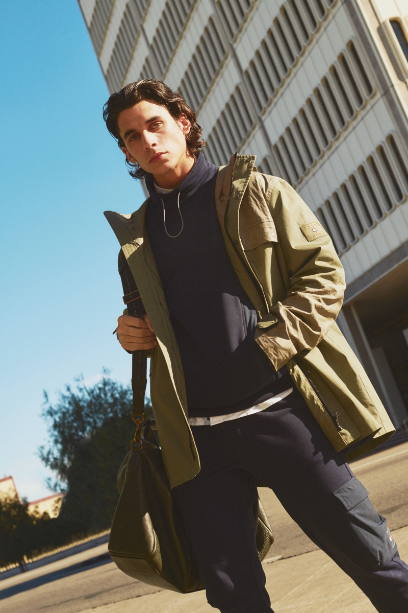 Donovan Wildfong layers in a casual pre-fall look from Tommy Hilfiger.
