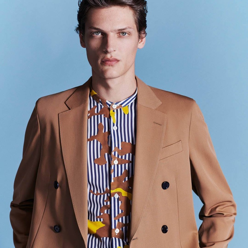 Front and center, Valentin Caron inspires in a sartorial look by BOSS.