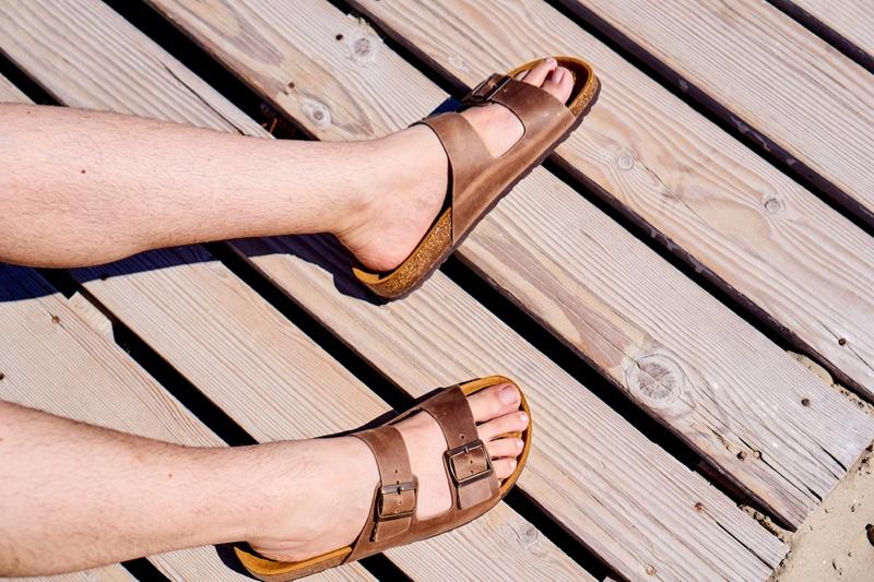 Mens Brown Sandals Feet