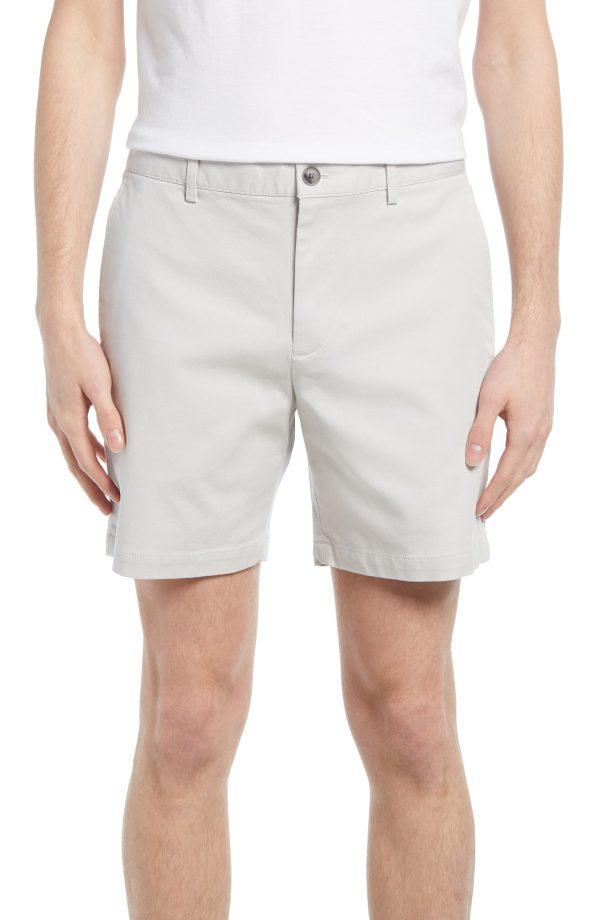 Men's Club Monaco Baxter Stretch Cotton Chino Shorts, Size 32 - White
