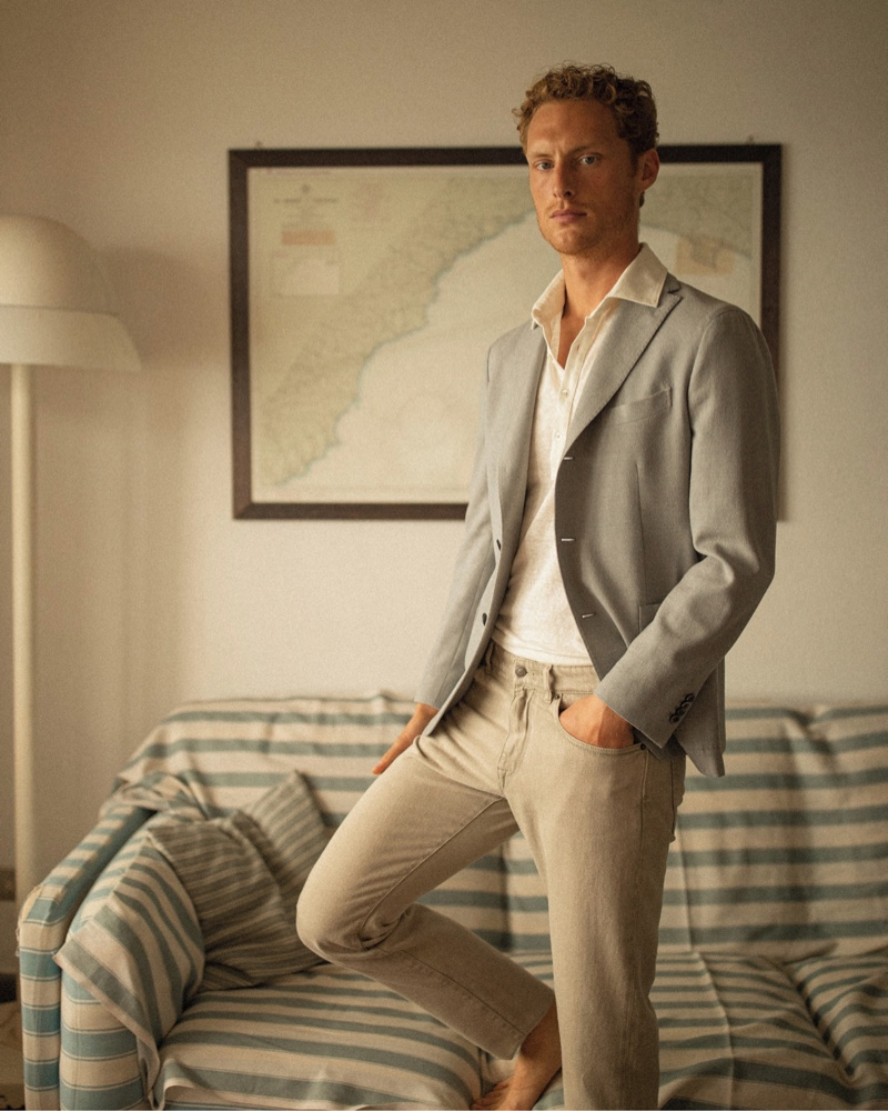 Gordon Bothe dons a sleek, neutral-colored look for Boglioli's summer 2021 campaign.