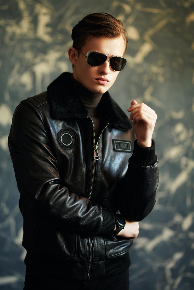 Cool Man Aviator Sunglasses Bomber Leather Jacket