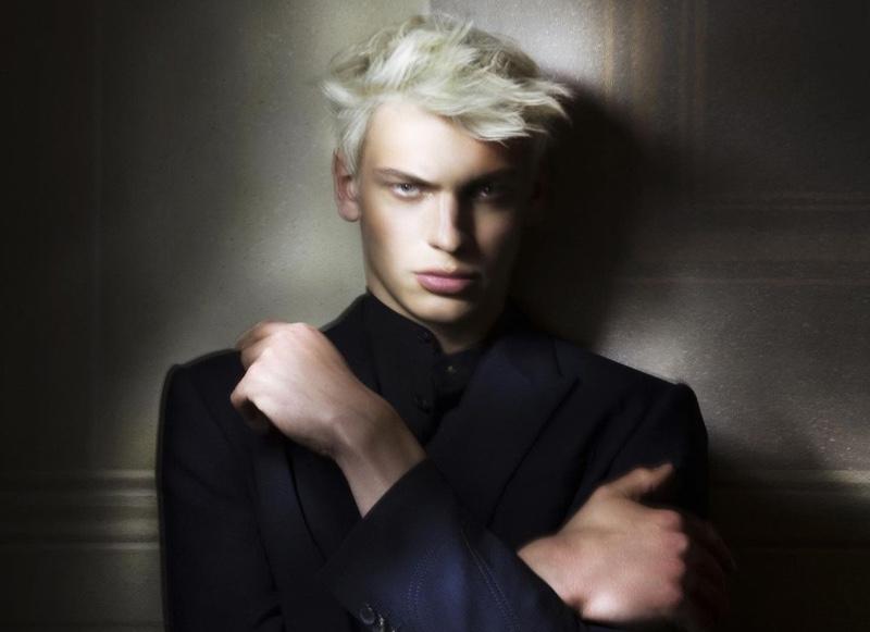 Lucas Barski Dons Elegant Style for GQ México