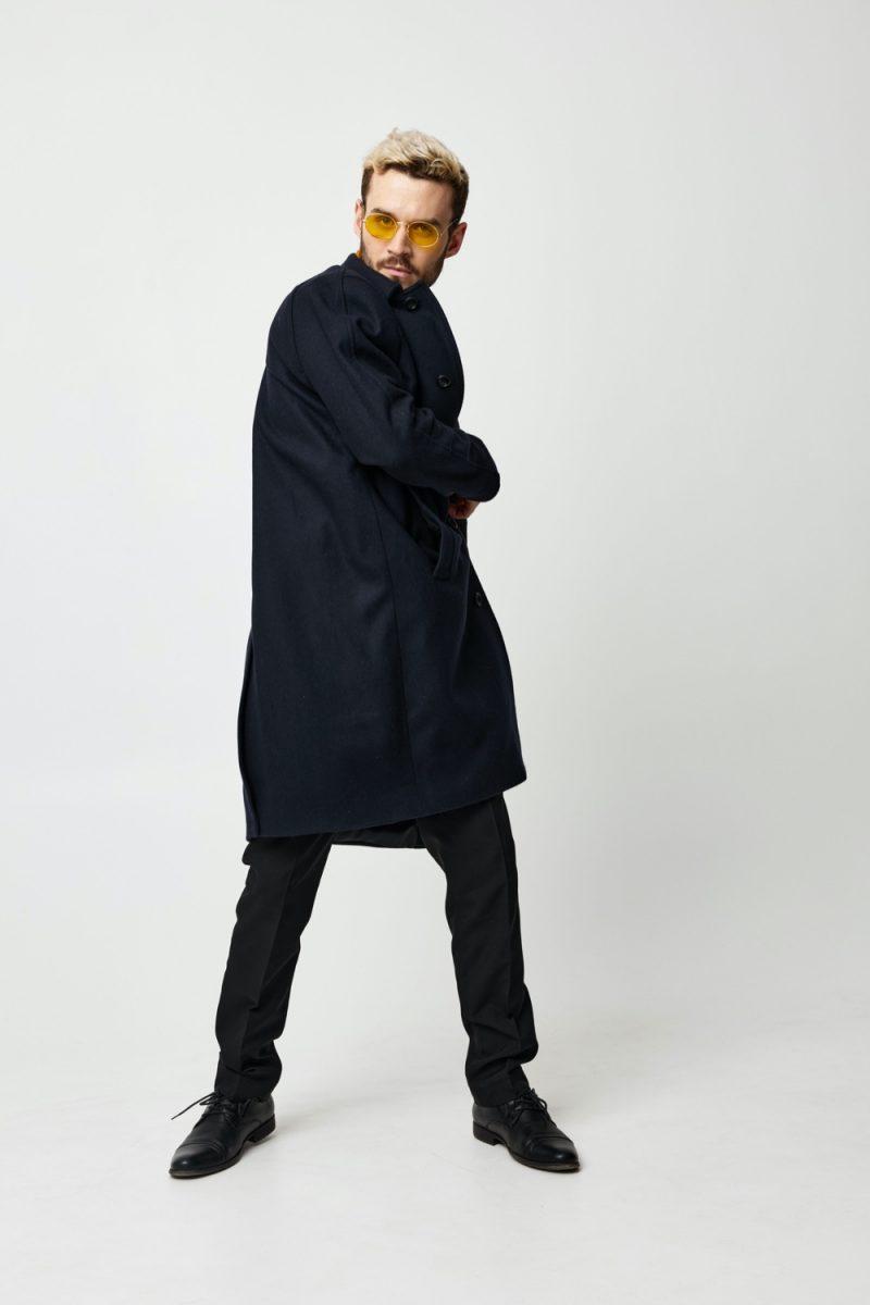 Male Model in Stylish Black Look