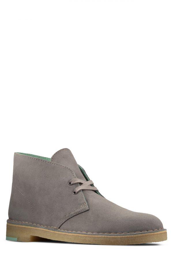 Men's Clarks Desert Chukka Boot, Size 11 M - Grey