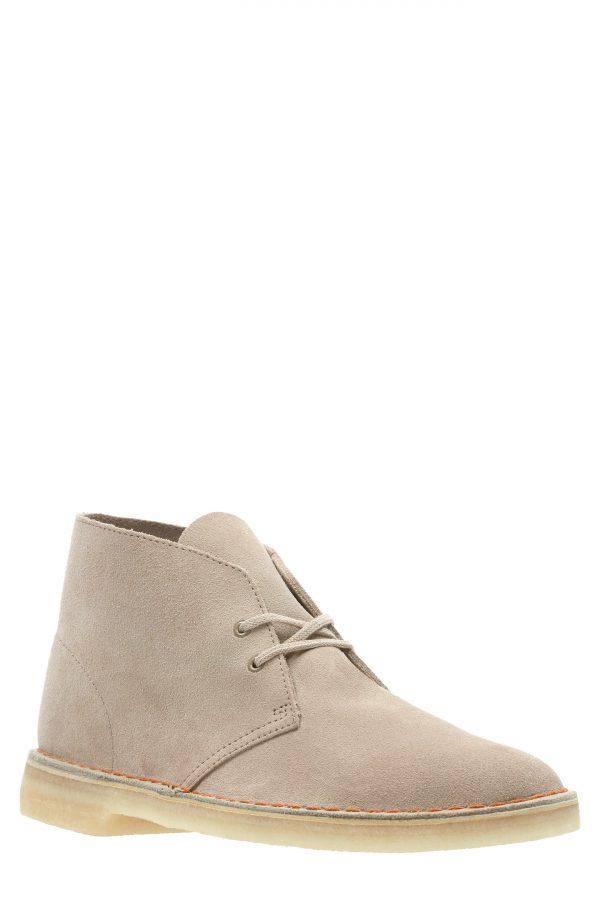 Men's Clarks Desert Chukka Boot, Size 7 M - Beige