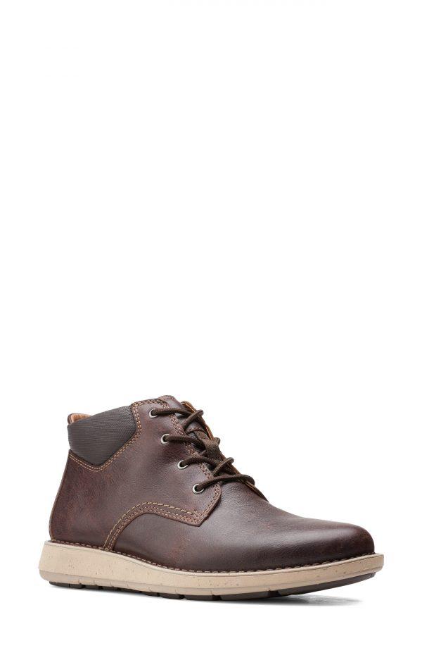 Men's Clarks Larvik Chukka Boot, Size 7 M - Brown