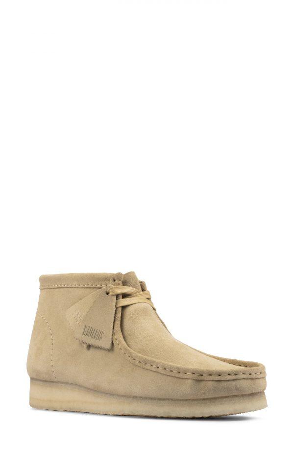 Men's Clarks Wallabee Chukka Boot, Size 8 M - Beige